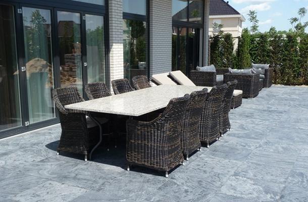 Granieten Tuinsets Met Poten Van Rvs Staal Smeedijzer Hout Of Steen