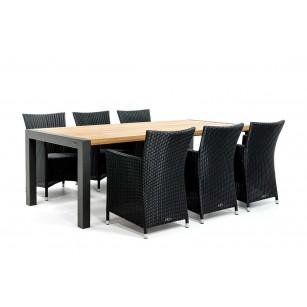 Gartentisch aus Holz mit beschichteten Gestell und Polyrattan Stühle