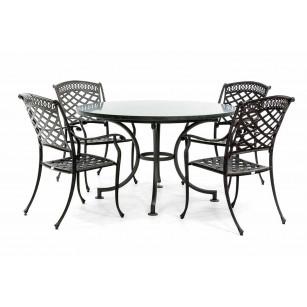 Runder Granitgartentisch mit Gartenstühlen