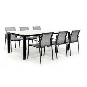 Dekton Tisch mit Stahlrahmen und Aluminiumstühlen