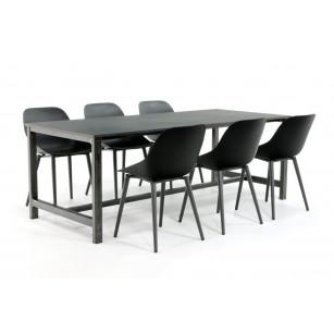 Industrieller Stahl Esstisch mit Dekton Tischplatte und modernen Stühlen