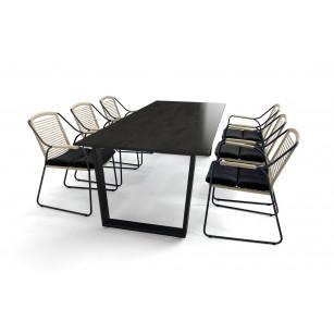 Keramiktisch mit Dekton Radium-Platte, Gestell aus schwarzem Stahl und Scandic-Gartenstühlen