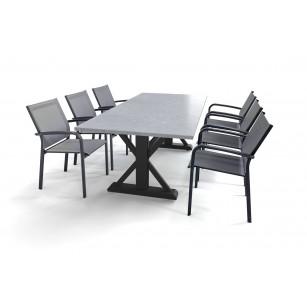 Robuster belgischer Hartstein-Gartentisch mit festem Untergestell und stapelbaren Malaga-Gartenstühlen