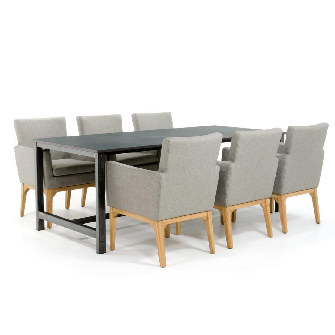 Industrieller Esstisch mit Kelya Dekton Tischplatte und Tischplatte aus Stahl