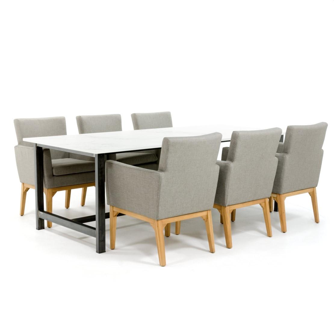 Dekton Esstisch mit Stahlgestell und Entzo Marmor Tischplatte