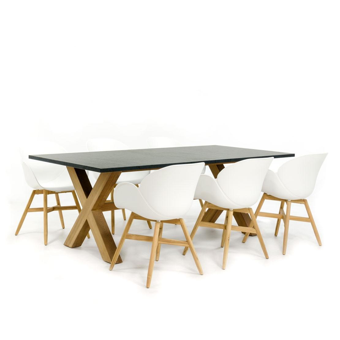 Moderner Gartentisch aus Kalkstein mit Kreuzfuß