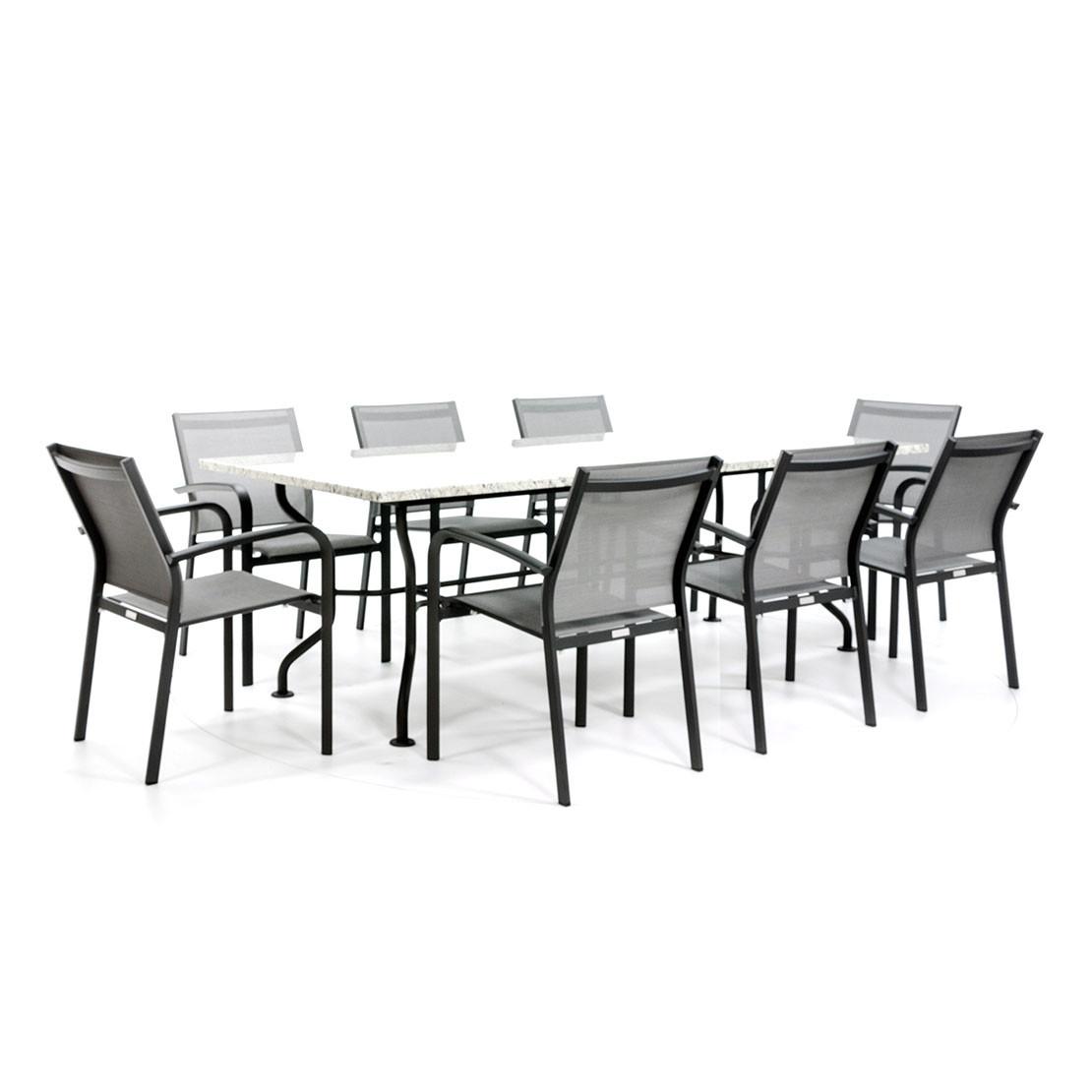Moderner Gartentisch mit 8 textilen Gartenstühlen