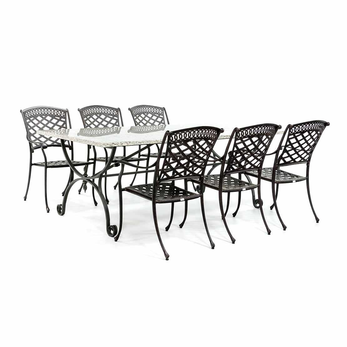Granit Gartentisch mit schmiedeeisernen Fuß und Stühlen