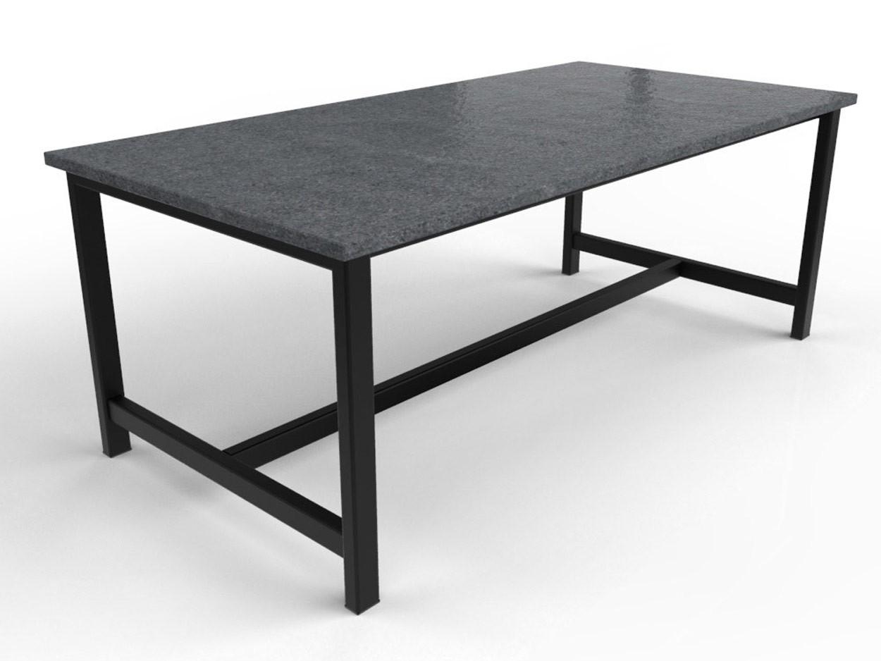 Granittisch mit schwarz beschichtetem Stahlgestell