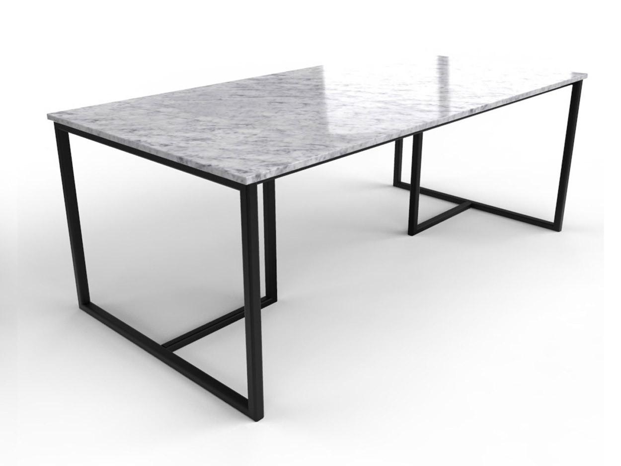 Marmor-Esstisch mit raffinierter schwarzer Gestell
