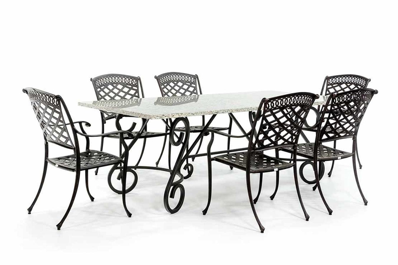 Französischer Gartentisch mit Granitplatte