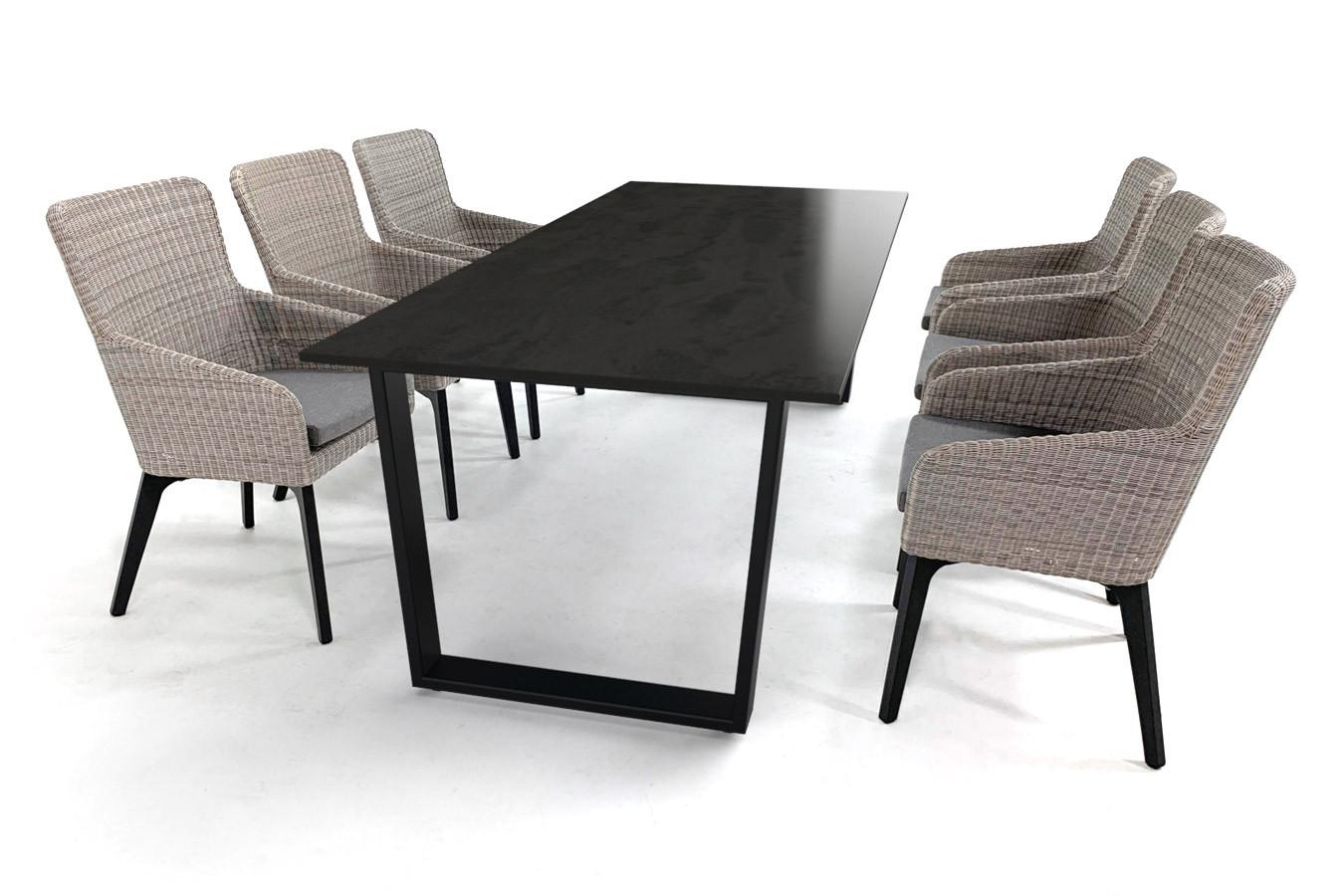 Gartentisch aus Keramik mit Dekton Radium-Platte und bequemen Luxor-Gartenstühlen von 4Seasons Outdoor