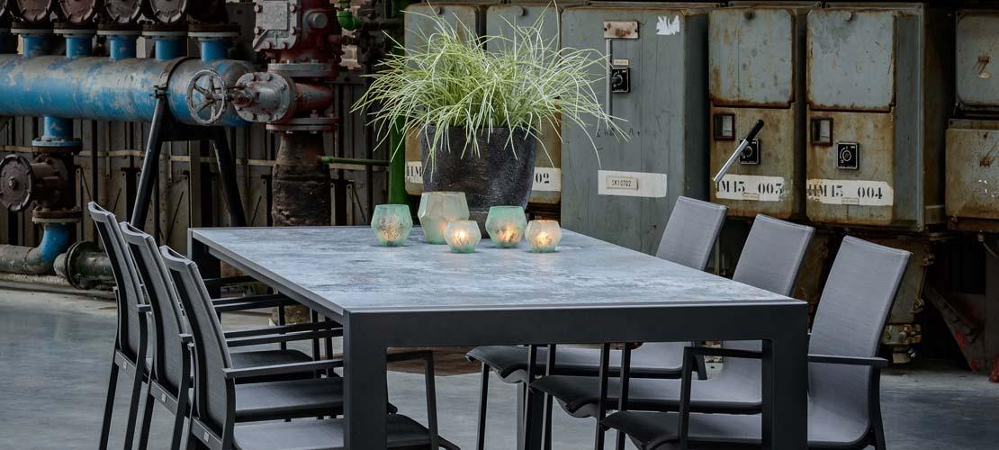 Wähle aus 18.435 Kombinationen deinen einzigartigen Gartentisch